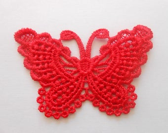 Butterfly in guipure Red 7.5 x 5.5 cm