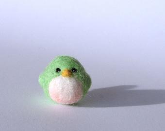 Felted bird, Needle felted bird in Green, handmade wool bird