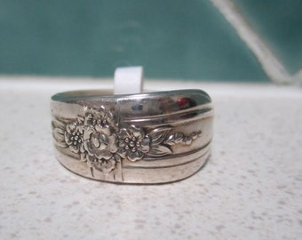SALE - Vintage Spoon Ring - Size 11 - Size V.5