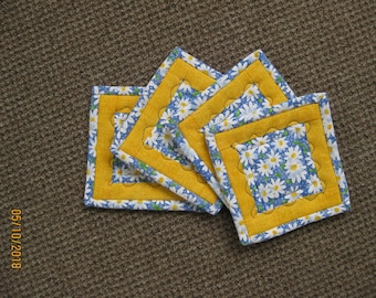 Quilted Coasters - Set of 4 - Heat Resistant -  Daisies - Spring