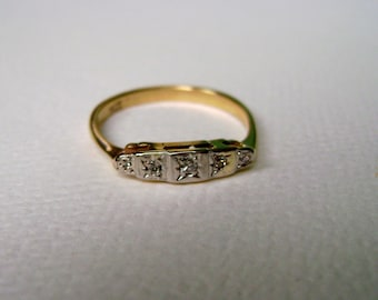 vintage 9k gold ring with 5 diamonds, size 7.75