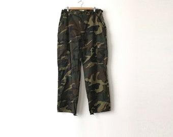 Basic Camo Pants - 36 in. Wasit / Camo Pants / Camouflage Pants / Camo Cargo Pants / Camouflage Cargo / Cargos / Camo / Cargo Pants / 90s