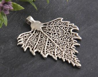 Silver, Large Detailed Leaf Pendant, Leaf Jewelry, Leaf Necklace,1 piece // SP-299