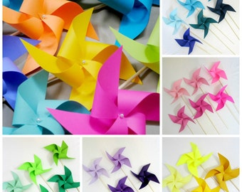Paper Pinwheels Birthday Decorations Baby Shower Favors  Rainbow Custom Favors Table Centerpiece Photo Prop Photo Background Unicorn Party