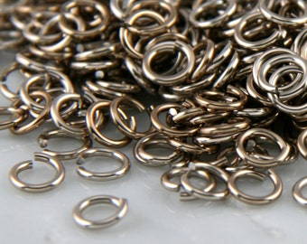 18 ga 3/16, 200 Champagne Anodized Aluminum Chain Mail Jump Rings