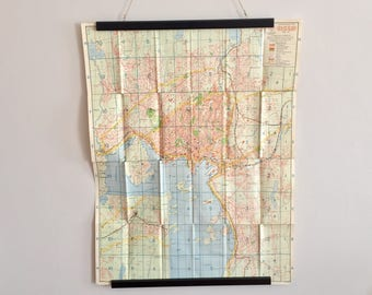 FREE WORLDWIDE SHIPPING - A big vintage 1950s map of Oslo, Norway, perfect for decorate your wall
