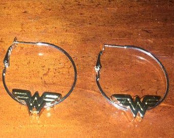Wonder Woman earring loops