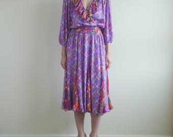 SUSAN FREIS Lavender Criss Cross Pattern Ruffle Dress
