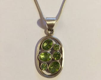 Pendant in silver 925/-with Peridot