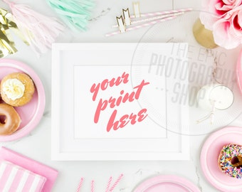Print Background / Blank Frame / Styled Stock Photography / Product Photography / Staged Photography / Pink / Gold / Party / Cute / P002
