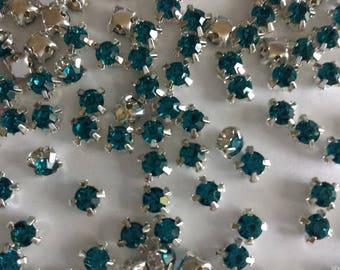 20 round Emerald set glass rhinestones - 4mm