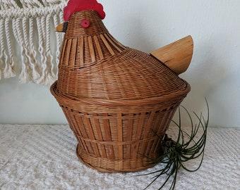 Chicken Basket / Rustic Kitchen Chicken Basket / Farmhouse Fruit Basket