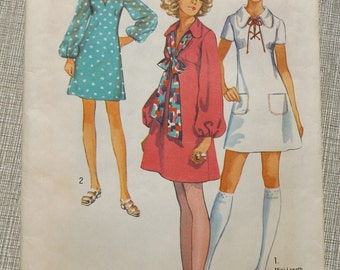 Dress with Front Slit Opening and in Mini or Regular Length in Size 10 Complete Vintage 80s Simplicity Sewing Pattern 8805