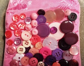 Mixed lot of Pink and Purple buttons