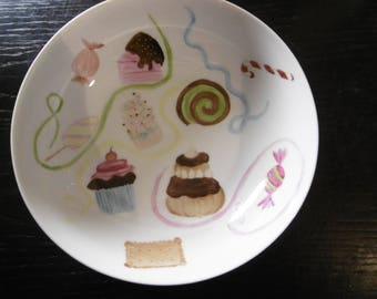 Digs gift hand painted porcelain plates: cakes and sweets, and multi-colored streamers