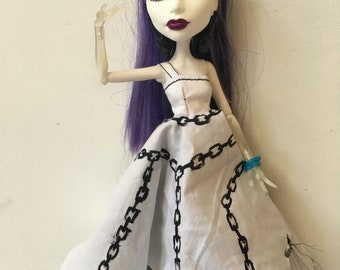 """Monster Dolls """"Chained to the Rythm"""" Dress for Spectra"""