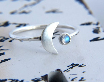 Sterling Silver Crescent Moon Ring with Moonstone, Moonstone Ring, Moon Jewelry, Silver Moon Ring, Space Jewelry, Lunar Ring, Gift for Her