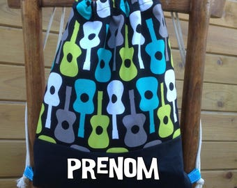 DrawString backpack for children personnalisable.theme guitars vintage (fabric by Michael Miller)