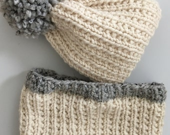 Super Bulky Hat and Cowl Set.  Natural and Grey.  Hand knit