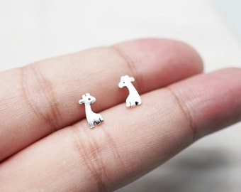 Giraffe Studs Earrings,baby Giraffe Earrings, Sterling Silver Mini Jewelry,cute Giraffe Jewelry TSAM002