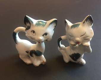 Vintage Pair of White, Black and Blue Kittens - Kitsch Kitten Figurines