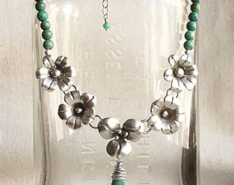Turquoise Flower Power Necklace
