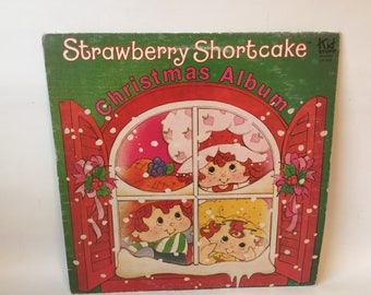 Strawberry Shortcake Christmas Album Vinyl Record  GREAT CONDITION