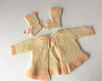 1940s Baby Clothes, Baby Girl Sweater and Booties, Vintage Crochet Outfit, Cream and Pink Wool, Tie Front Sweater Jumper