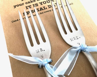 Stamped Forks Mr. Mrs. forks Wedding Cake Silverware Gift for Bride Groom Engagement Present Hand Stamped Recycled Flatware Wedded Couple