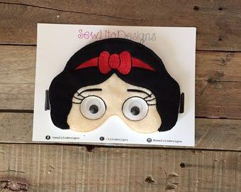 Snow White Pretend Play Hypoallergenic Disney Princess Mask