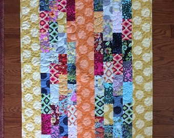 Modern Quilt Wallhanging, Table Quilt, Crib, Toddler, Wallhanging Baby, Art Quilt, Handmade, Machine Quilted, Feather Quilting, Heirloom
