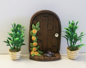 Wood look Polymer clay Fairy door with 2 wicker planters