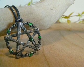 Silver pentacle necklace with leaves
