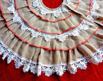SALE / Christmas Tree Skirt