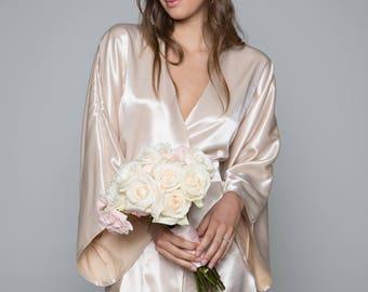 Theodora Classic Robe