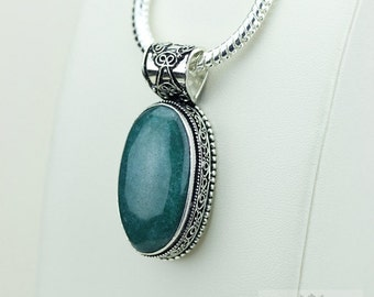 Semi Treated Emerald Cabochon Vintage Filigree Setting 925 S0LID Sterling Silver Pendant + 4mm Snake Chain & FREE Shipping p3284