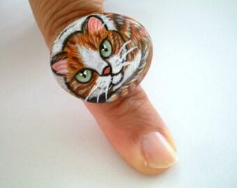 Gelbe Katze Ring, malte Stein - einstellbar, original wearable Art, Geschenk für Tierliebhaber, Geschenk unter 50