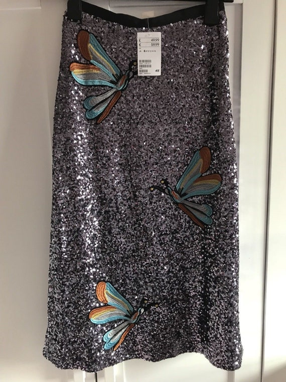 H&M sold out purple sequin skirt with dragonfly motif  XS size UK 6 US2, Aust XXS brand new with tags