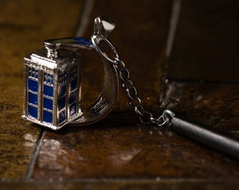 Hairstick with rotating Dr. Who Tardis