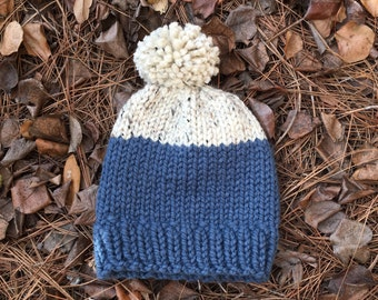 Knitted Beanie - 2 colors with pompom