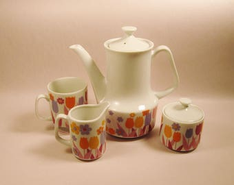 1960's MOD FLOWER POWER Set Coffee Tea Sugar Creamer Pot & Mug Plus Lids Mid Century Modern Easter Spring