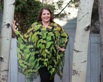 Green and Black Geometric Shawl Top - SILK