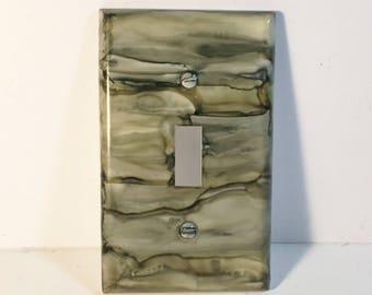 Switchplate, Painted Switchplate, Home Decor, Painted Decor, Single Switchplate, Light Switchplate, Christmas in July