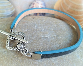 Bracelet blue Peacock flower sunflower 18 Cm, thickness 5 mm Togle clasp