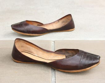 AFEITH STIQUÉ by Naraam : Handmade Slip on All Leather Flats for Women