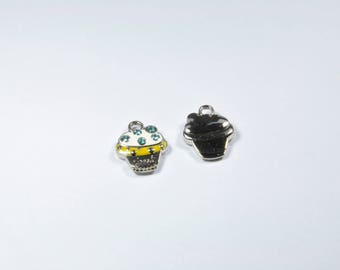 BR583 - Set of 2 silver cupcake charms