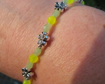 Springtime Daisy Bracelet #85
