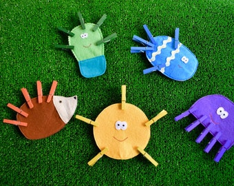 Game Learning 5 animal fabric with wooden tweezers of the same color