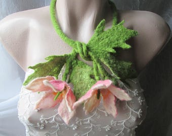 Felted flowers,Woodland Costume-Fairy Necklace,Felt Necklace-Pixie Jewelry,Felt leaf,Wearable art.Original necklace,Felted lariat