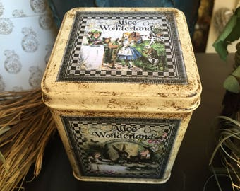 Alice in Wonderland. Storage Tin. Tea Storage Tin. Drink Me Tin. Alice in Wonderland Tin Box. Storage Tin.Tin Box. Alice Tin. Alice Box.